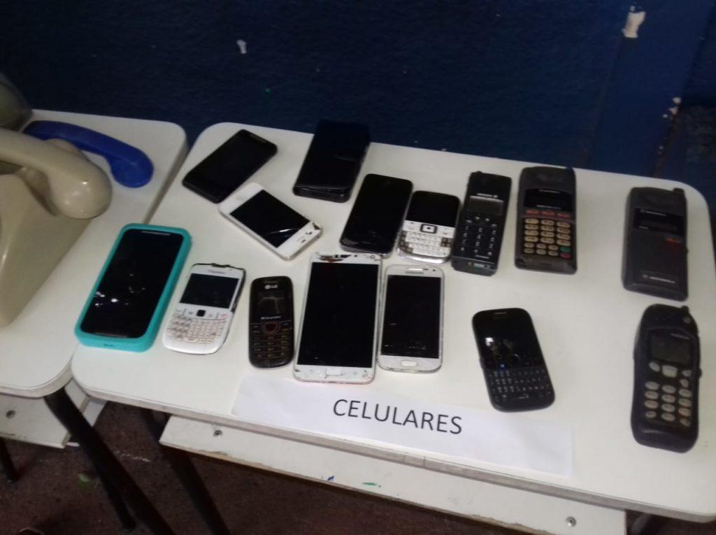 ADOTE ESSA IDEIA: Escola Municipal Julio Fernandes Colino realiza projeto sobre tecnologia 17