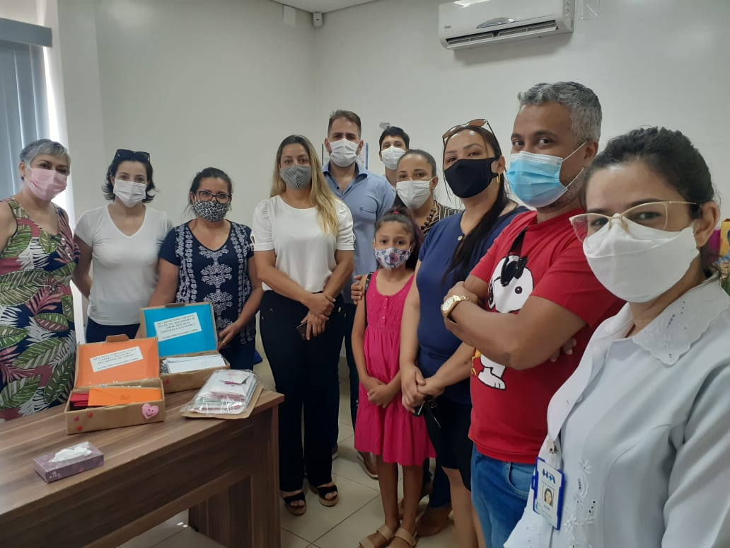 """Escolas Joaquim Marques de Souza e Júlio Fernandes Colino realizam projeto """"Ação de Amor"""" para pacientes em tratamento no Instituto do Câncer de Três Lagoas 2"""